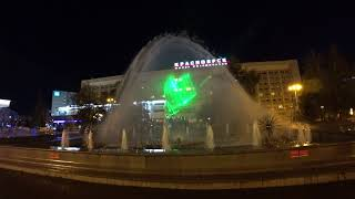 Лазерное шоу красноярского фонтана на Театральной Площади в 2017 году