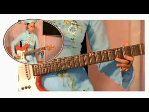 TUYẾT HOA độc tấu guitar:  bản Sương chiều (21)