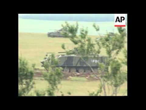 BOSNIA: GLAMOC: NATO LED S-FOR TROOPS HOLD JOINT MILITARY EXERCISES