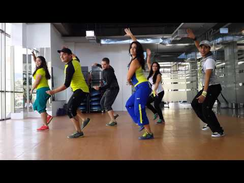 Zumba Darte un Beso (Prince Royce) by Honduras Dance Crew