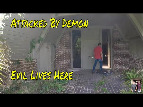 """Abandoned Frank LLoyd Wright Mansion, the return,  ATTACKED, """"WATCH IF YOU DARE"""""""