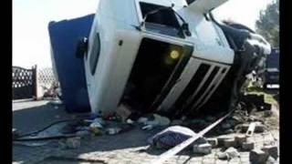 Wypadki Cieżarówek -uważajcie mobilki