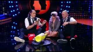 Vid in Pero šov - Alya igra igro 'Flaška brez zamaška'