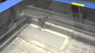 Изготовление печатей и штампов из резины на лазерном гравере ULS(, 2015-10-15T14:51:31.000Z)