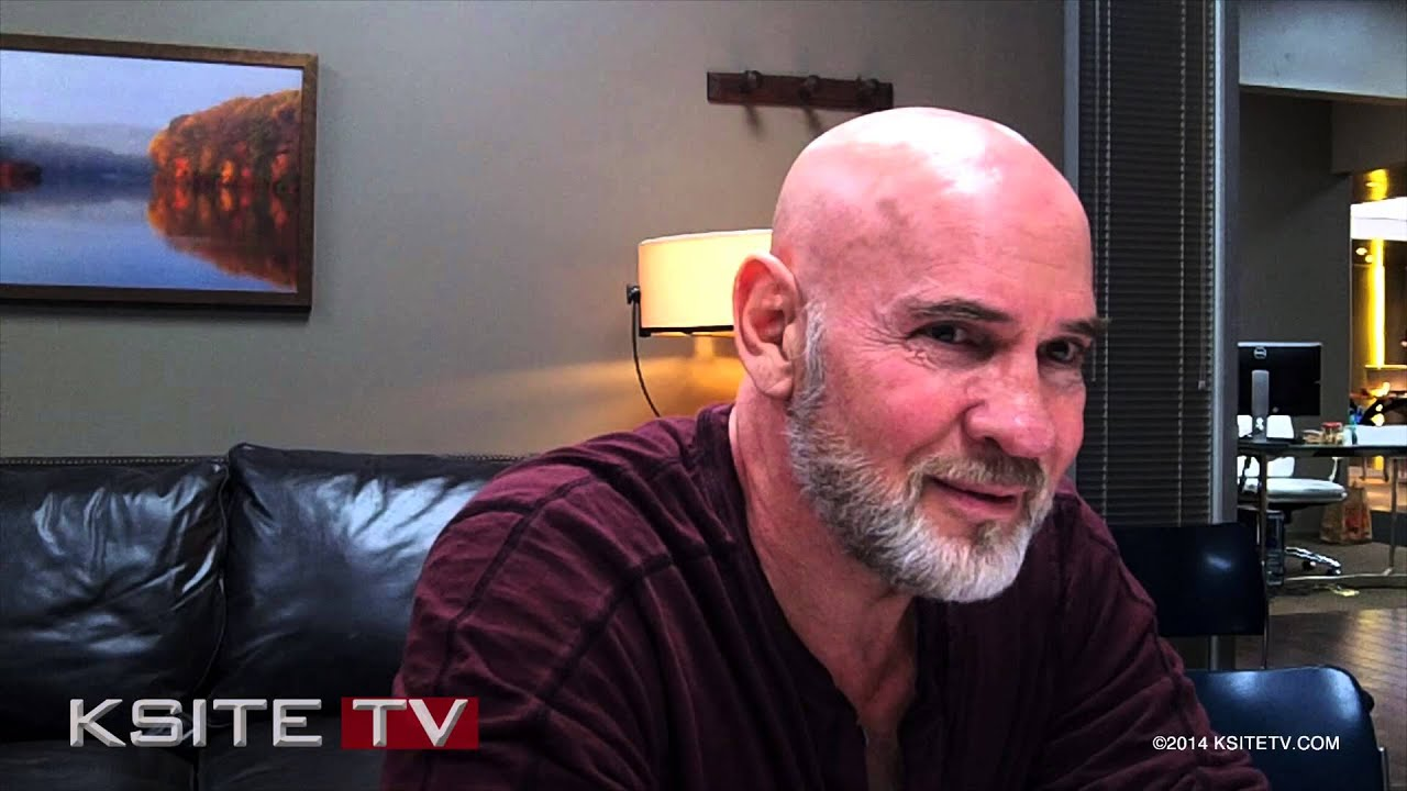mitch pileggi wife
