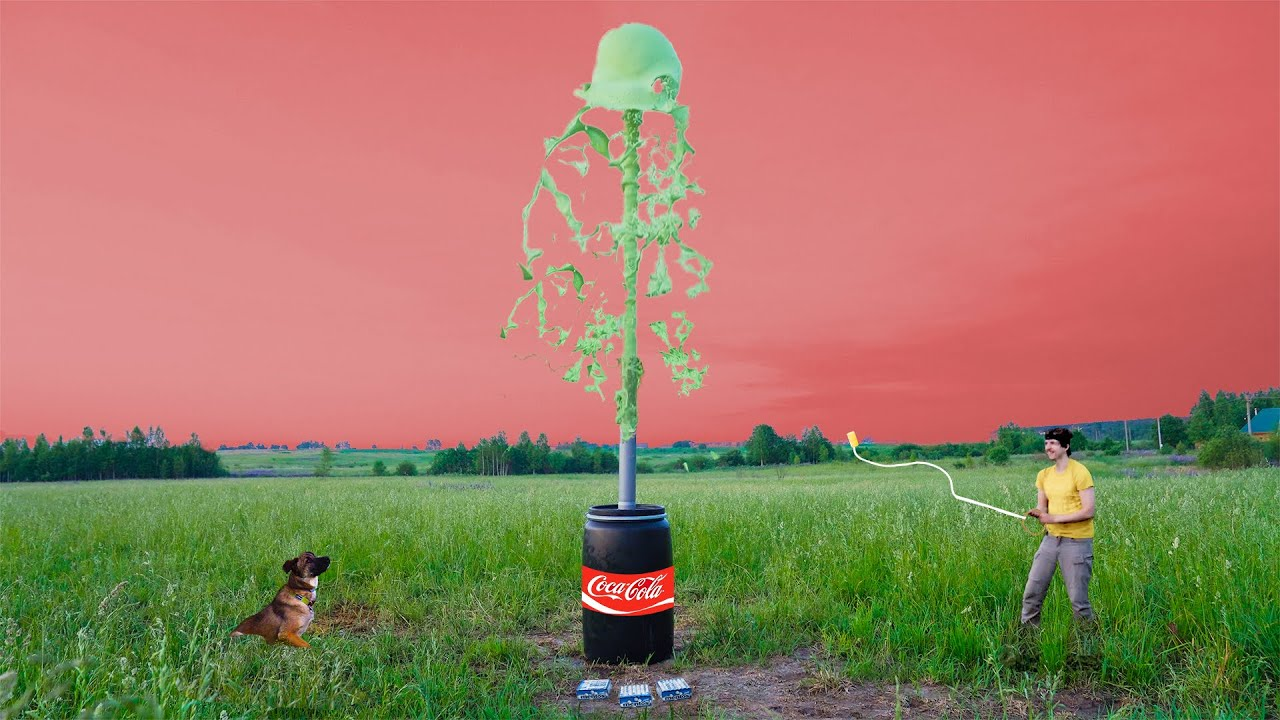 Experiment: Coca Cola VS Mentos. Huge fountain!