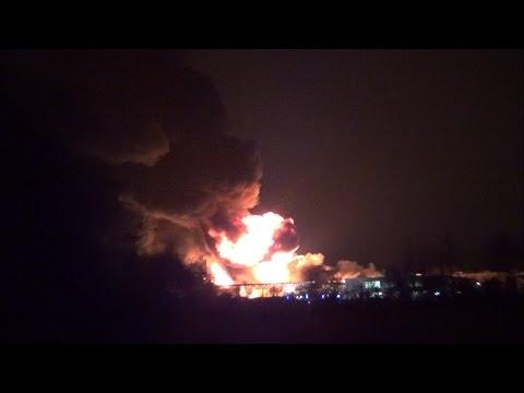 Großbrand bei der Firma Cartonplast in Dietzenbach am 26.11.2014