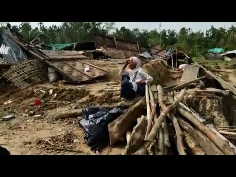 Refugees face 'acute crisis' in cyclone-hit Bangladesh