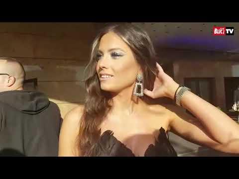 KAKVA ELEGANCIJA Mirka Vasiljević sa Vujadinom došla na gala svadbu u izazovnoj haljini