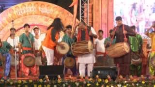 itkhori mahotsav dhol beat by nandlal nayak team address by mp chatra