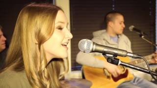 Baby One More Time - Britney Spears (Acoustic cover by Claudia Marsan and Beyond the Cover)