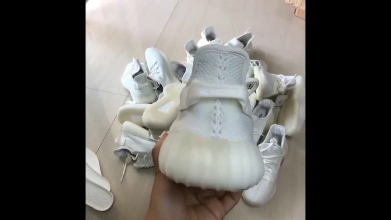 b55e9e7adb0a7 ADIDAS YEEZY BOOST 350 V2 CREAM WHITE  PK version 1st gen  - YouTube