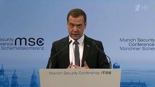 Медведев объявил холодную войну НАТО