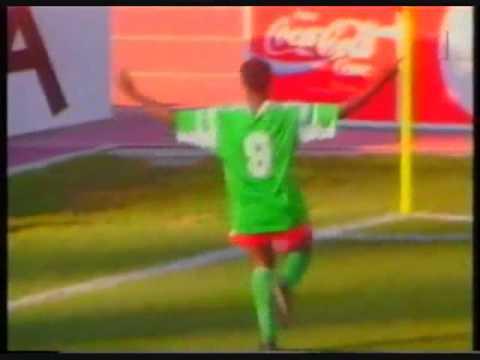 Roger Milla - World Cup 1990.avi
