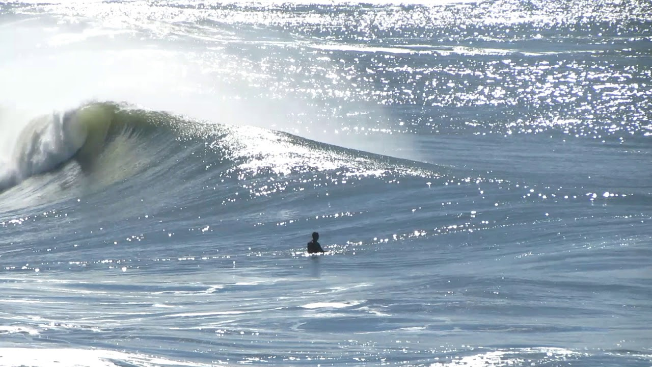 Big Waves Vs Surfers In Pacifica Youtube