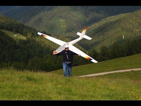 Glider aerobatics with 4m Fox on slope