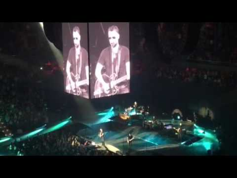 Eric Church performing The Cars