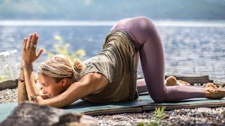 Full Body & Heart Yoga Class | 25 Min Yoga To Melt Uncertainty & Feel Incredible