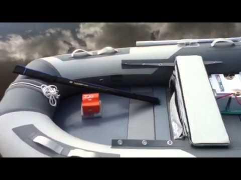 Лодочные электромоторы, прежде всего, предназначены для небольших лодок пвх и отлично подойдет рыбакам и охотниками, так как он работает абсолютно бесшумно. У нас вы найдете электромоторы для лодок любой мощности.