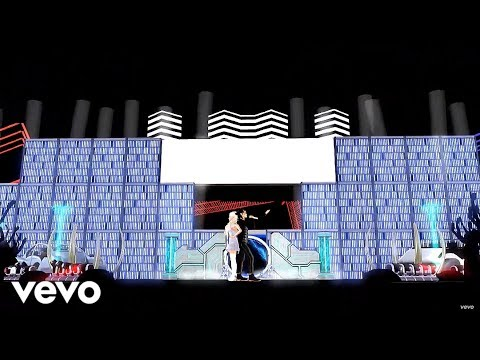 Gabriel Bürckler - Scream ft. Megan DiLaurentis (Grammy Sims 2017- EVENT)