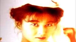 岡本夏生 - 絹の靴下
