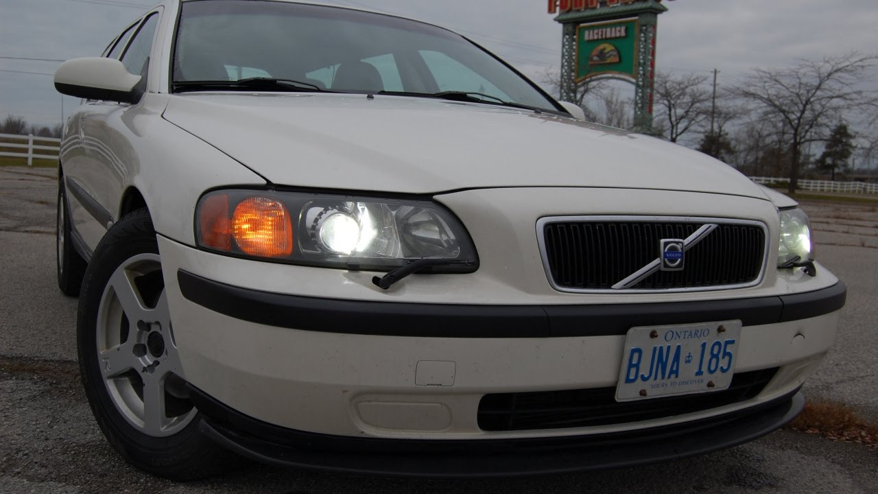 Volvo V70 Projector headlights and LED bulb conversion - YouTube
