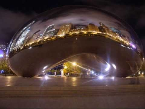 Chicago's Cloud Gate by Artist Anish Kapoor