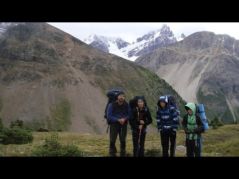 Extreme 4-day overnight high-mountain backpacking hike