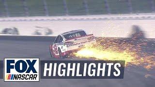 Kyle Larson and Ryan Blaney wreck out late | 2018 KANSAS | FOX NASCAR