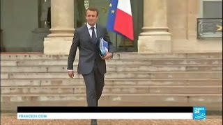 Emmanuel Macron démissionne du gouvernement