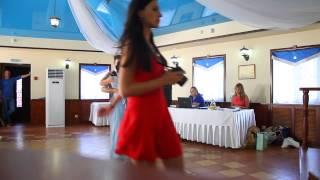 Великолепный венский вальс невесты и жениха - студия