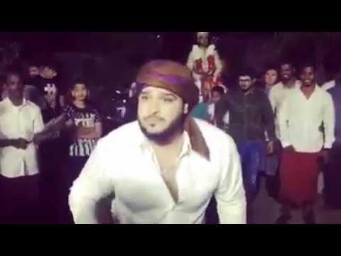 Barkas marfa dance
