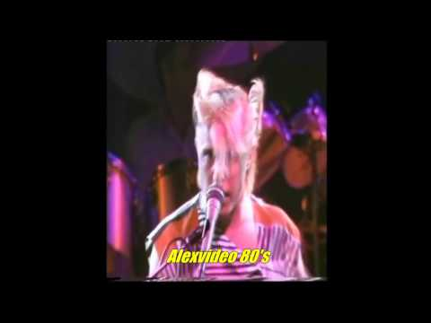 A FLOCK OF SEAGULLS - MODERN LOVE IS AUTOMATIC  (VIDEO)