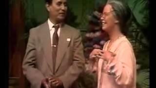 Heboooh...!!!!!  Orang Belanda Jadul nyanyi indonesia
