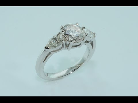 Diamonds on handmade 18kt white gold ring