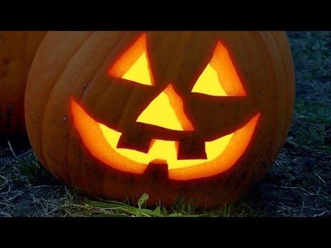 Photoshop Tutorial: How to Make Your Own Glowing, Halloween, Jack o' Lantern thumbnail