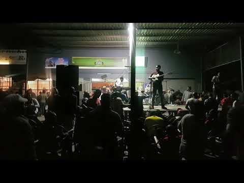 Progress Chipfumo & The Sounds Of The Motherland - Mai Vakaenda (Live at Machipisa)