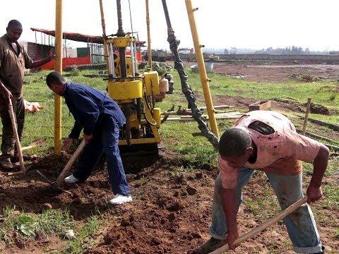 xtrmexport.com - Remorque foreuse de puits d'eaux... le Mode d'emploi