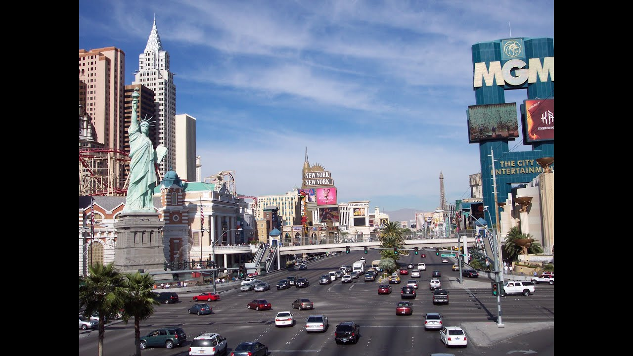 Las vegas strip june 2014 youtube for Pool show las vegas november