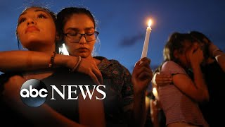 El Paso vigil and #protests, Abbey Road, and #paragliders: World in Photos, Aug. 8