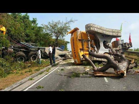 Extreme Fastest Biggest Trucks, Excavator Fail | Win Operator Skills - Excavator Mini Working
