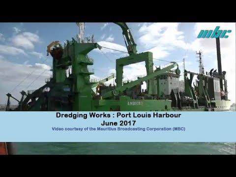 Dredging Works Port Louis Harbour - MBC Le Journal 19h30   17 June 2017