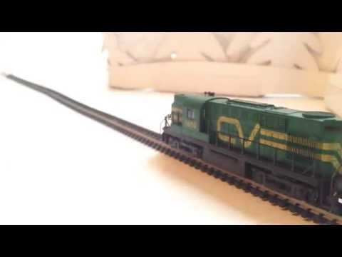 N scale Central Vermont RS-11 Locomotive #3609 by Atlas- Runs Great