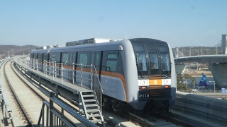 仁川都市鉄道2号線2000系 黔岩駅発車 Incheon Subway Line 2 2000 series EMU