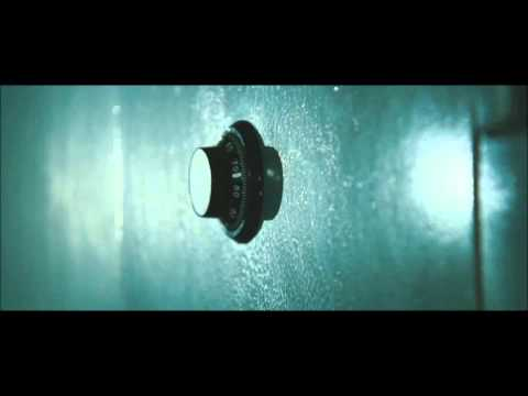 SAFE  2012 Jason Statham -seif scene