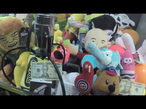 $20 BILLS & IPHONES IN CLAW MACHINE ILLEGAL!