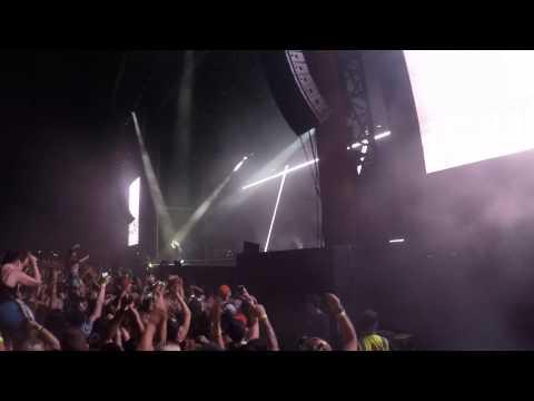 Drake - Future music festival 2015 HD 1080p