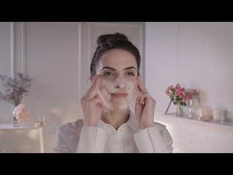 How to use a face peeling? - PAYOT Coaching