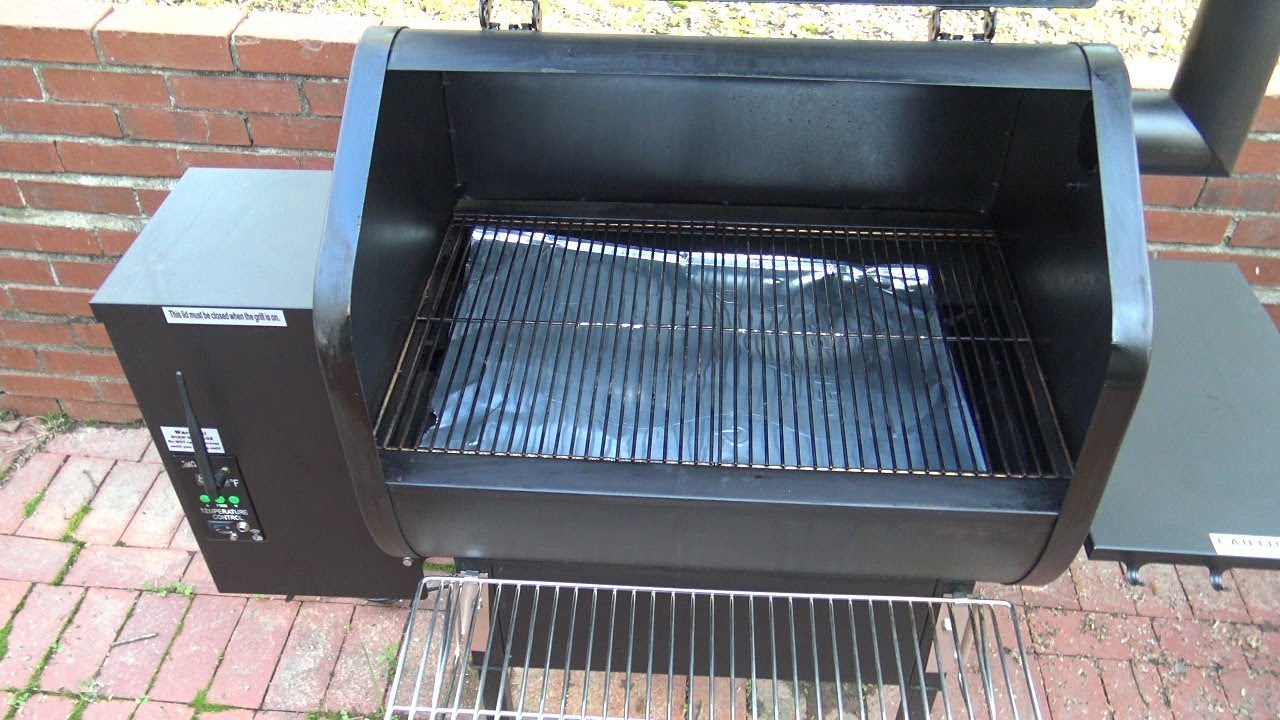 Pellet Smoker Cleaning (Green Mountain Grills Daniel Boone)