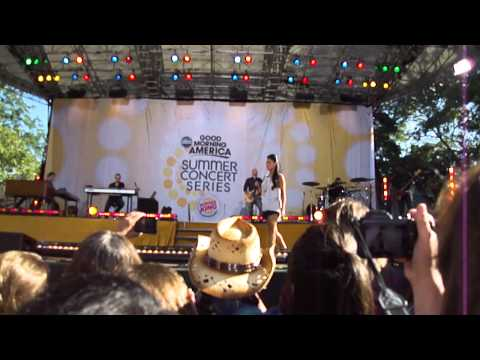 Hd Good morning america pia toscano this time full video